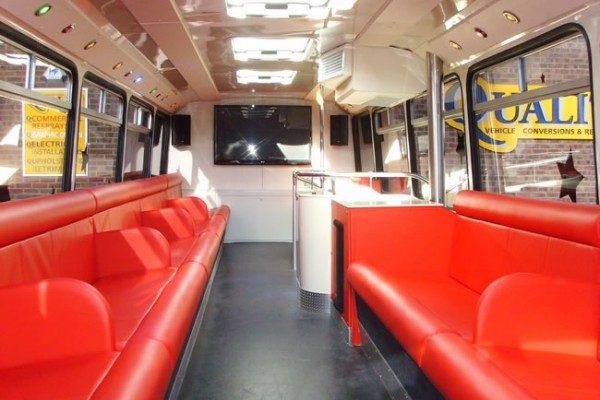 clubclassbus3-b9c9cd7bee
